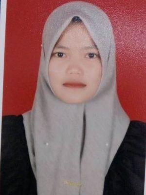 Siti Nadia Putri, SE
